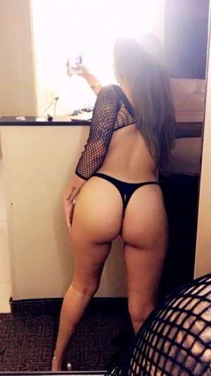 Alyze escort in Steamboat Springs Colorado and nuru massage