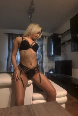 Lauricia live escorts in Pace