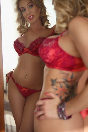 Belma escort girls in Bristol & tantra massage