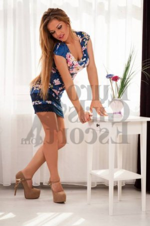 Meggane live escorts in Glendora and thai massage