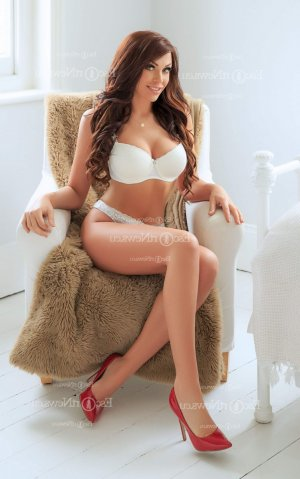 Laurienne live escorts in Johns Creek and nuru massage