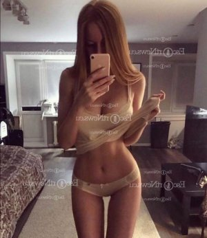 Nahila escort girls in Westminster MD & happy ending massage